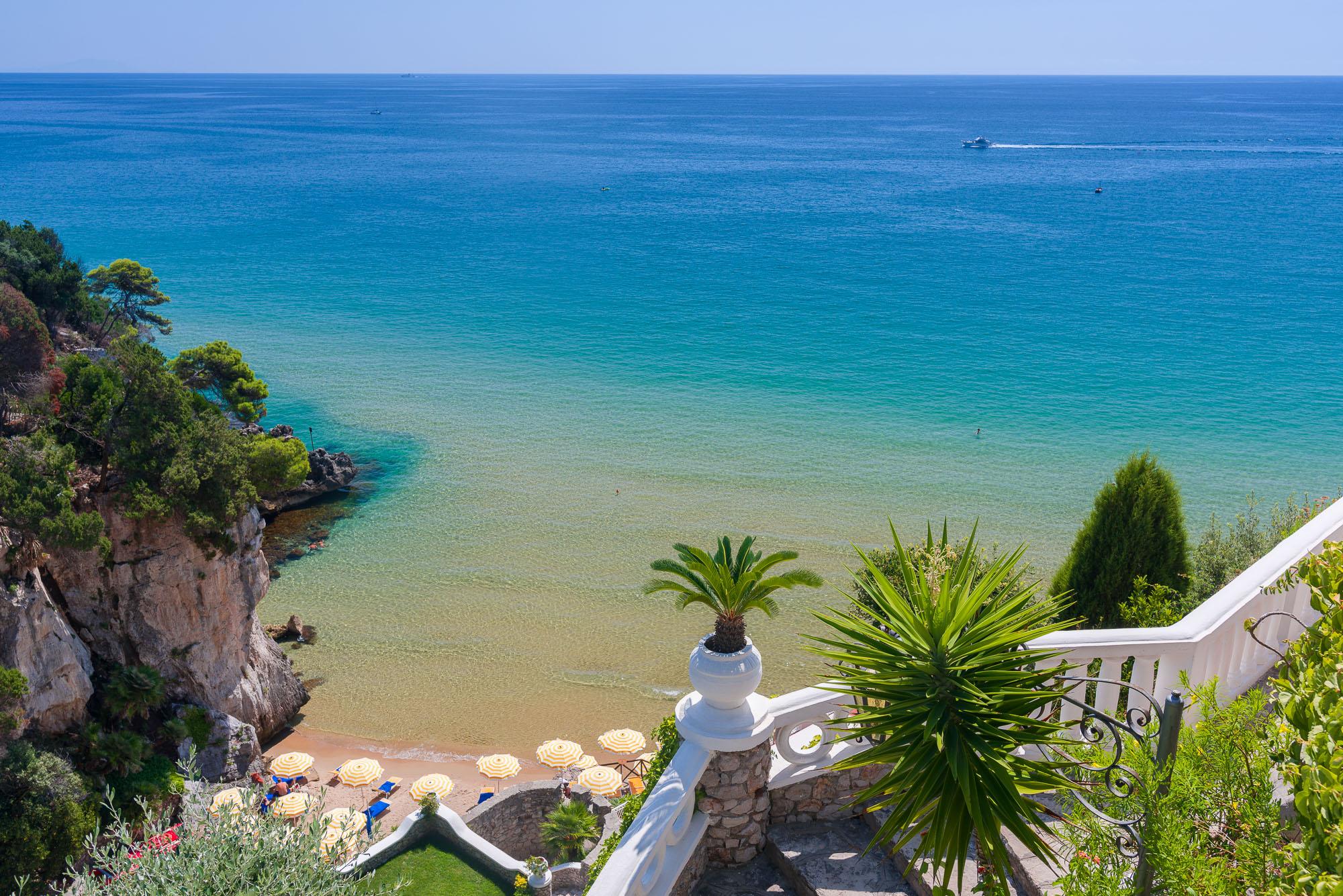 Matrimonio Sulla Spiaggia Gaeta : Oggi sposi a gaeta il consiglio comunale dice sì ai matrimoni